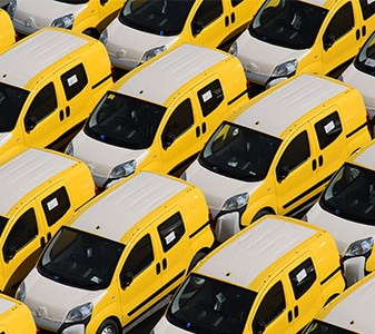 Rebranding-Cars-Auto-Body-Paint-Shop-in-Hinckley